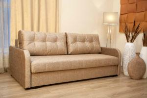 химчистка классического раскладного дивана