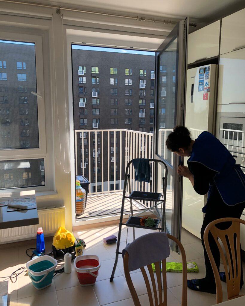 клининговая компания Москва мытье окон в квартире